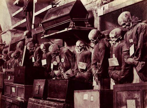 Фотография катакомб до 1914 года