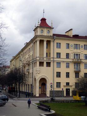 Здание является частной резиденцией, поэтому для всех желающих доступен лишь его внешний фасад