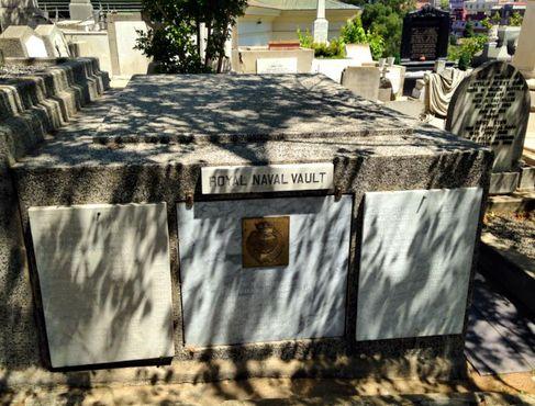 Склеп Королевского Военно-Морского флота, Кладбище диссидентов