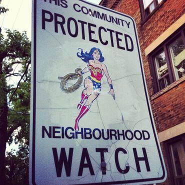 Что плохого, если Чудо-женщина будет следить за окрестностями?