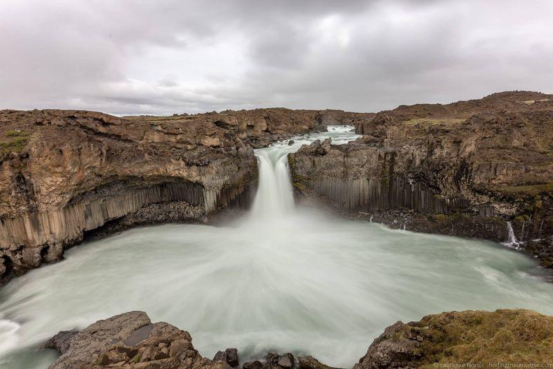 водопады Исландии 25 лучших водопадов Исландии aHR0cHM6Ly93d3cuZmluZGluZ3RoZXVuaXZlcnNlLmNvbS93cC1jb250ZW50L3VwbG9hZHMvMjAxOC8wOC9BbGRleWphcmZvc3Mtd2F0ZXJmYWxsLUljZWxhbmRfYnlfTGF1cmVuY2UtTm9yYWgtMi5qcGc