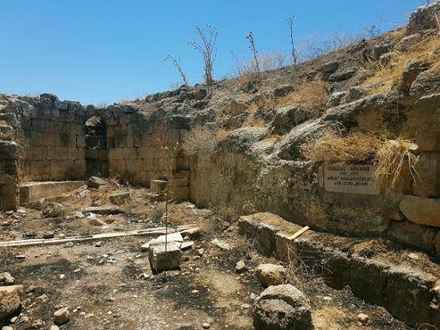 Гробница Хардинга - это современное дополнение к невероятному историческому месту