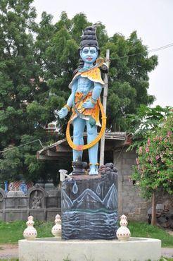 Статуя в храме Чилкур Баладжи