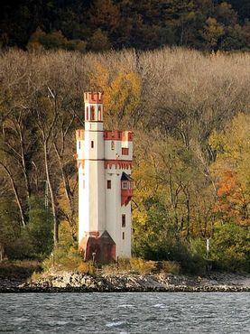Снято с противоположного берега Рейна