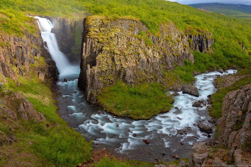 водопады Исландии 25 лучших водопадов Исландии aHR0cHM6Ly93d3cuZmluZGluZ3RoZXVuaXZlcnNlLmNvbS93cC1jb250ZW50L3VwbG9hZHMvMjAxOC8wOC9HdWZ1Zm9zcy1JY2VsYW5kX2J5X0xhdXJlbmNlLU5vcmFoLmpwZw