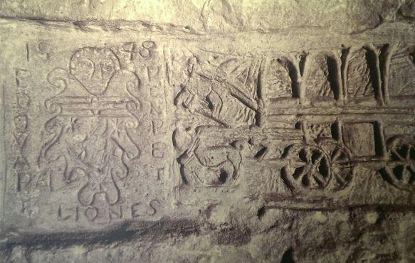 Надписи на стенах тюрьмы форта Сент-Анджело