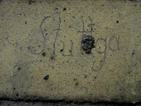 Незаконченная надпись «Stuttgart»