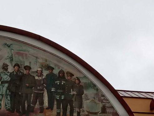 Мона Лиза - крайняя справа