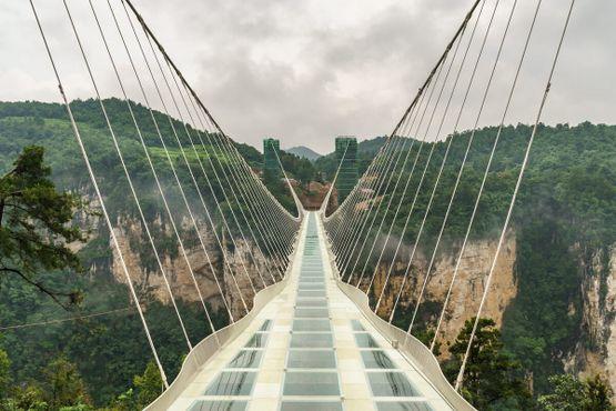 Стеклянный мост Чжанцзяцзе