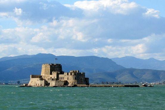 Крепость Бурдзи в Греции