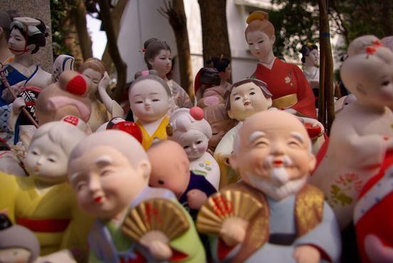 Куклы в святилище