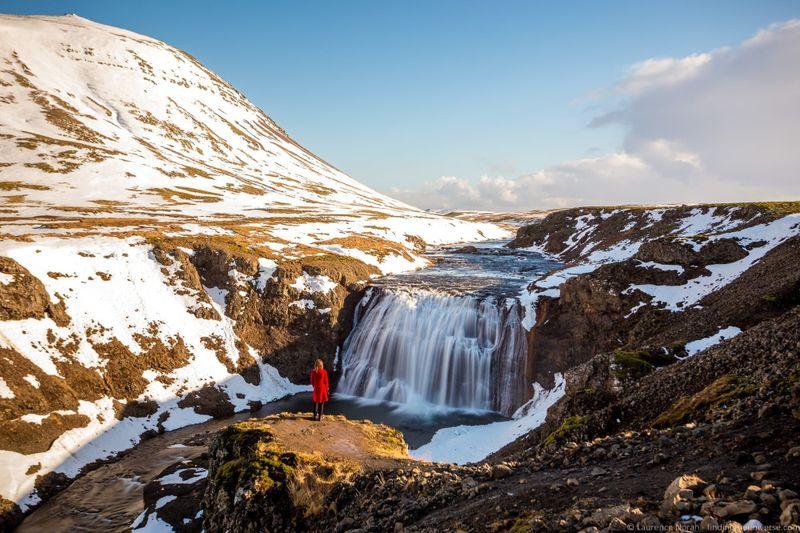 водопады Исландии 25 лучших водопадов Исландии aHR0cHM6Ly93d3cuZmluZGluZ3RoZXVuaXZlcnNlLmNvbS93cC1jb250ZW50L3VwbG9hZHMvMjAxOC8wOC8lQzMlOUUlQzMlQjNydWZvc3MtV2F0ZXJmYWxsLUljZWxhbmRfYnlfTGF1cmVuY2UtTm9yYWgtNC5qcGc