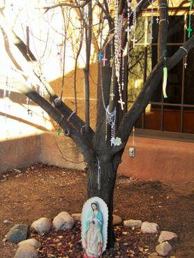 Дерево с чётками