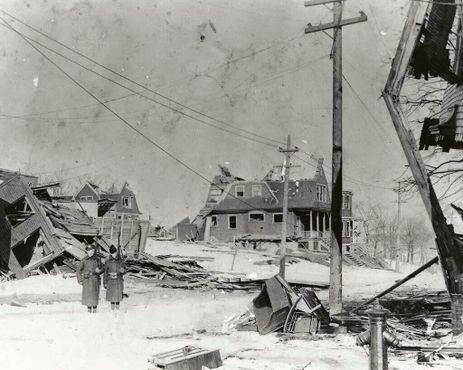 Последствия взрыва в Галифаксе в 1917 году
