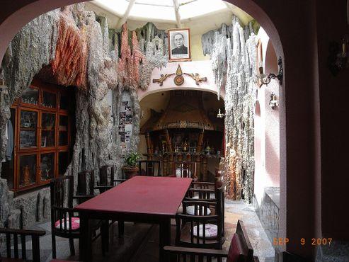 «Сумасшедший дом»в Далате