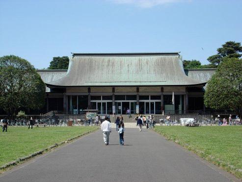 Вход в Эдо-Токио, который когда-то был частью Императорского дворца