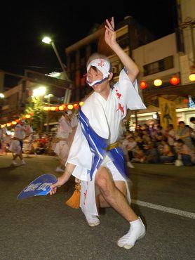 Танец, вдохновлённый движениями пьяниц