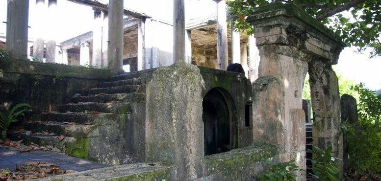 Ворота, ступени, колонны
