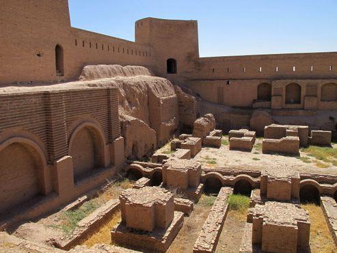 Археологические раскопки в цитадели Герат