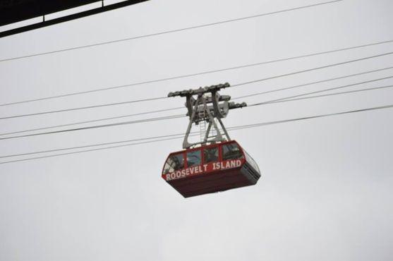 Воздушный трамвай в пути