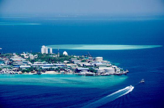 Мальдивский остров мусора
