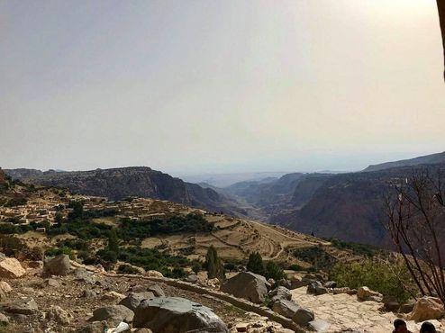 Вид на деревню и долину