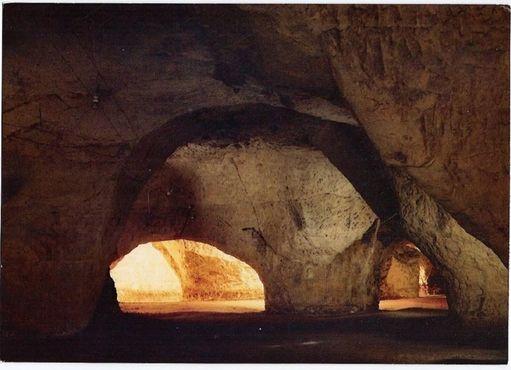 Пещеры Фоль-Ле-Кав