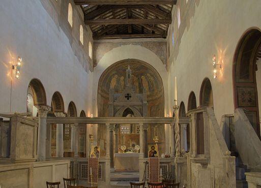 Интерьер XII века