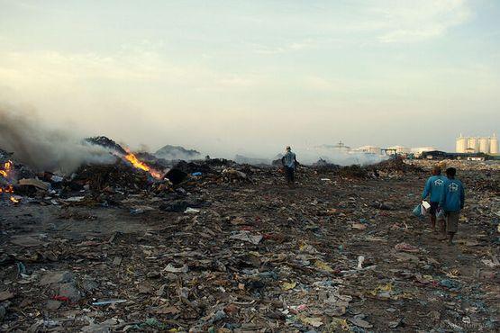 «Остров мусора»