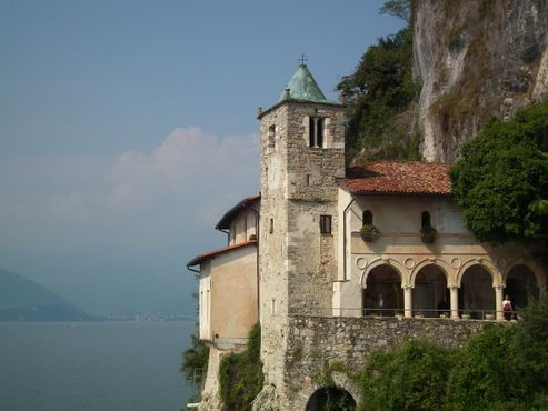 Монастырь Санта-Катерина-дель-Сассо