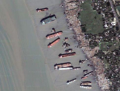 Верфи по разбору кораблей в Читтагонге