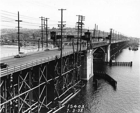 Мост Баллард - вид на юг в сторону Квин-Энн и Магнолиа, 3 июля 1938 года