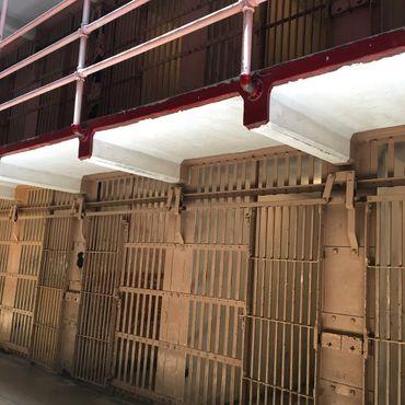 Тюремные камеры Алькатраса