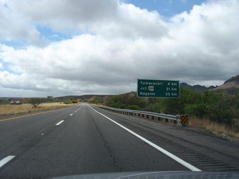 I-19, единственная в Америке межштатная автомагистраль с метрической системой измерения