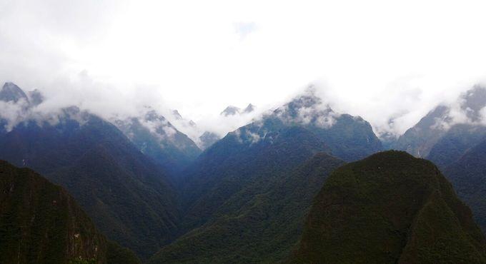 Горы достигают небес