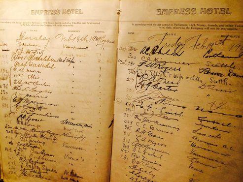 Бухгалтерская книга отеля 1909 года