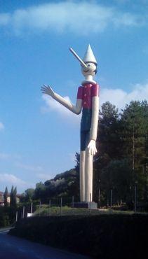 Самый высокий в мире Пиноккио