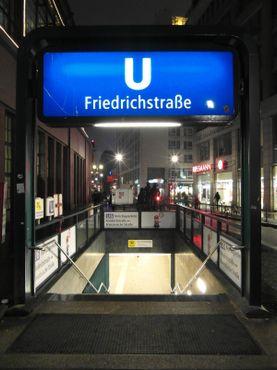 Лестница в метро