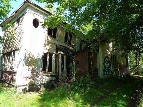 Руины старого дома в Круунувуори