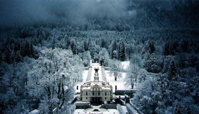 Дворец Линдерхоф зимой