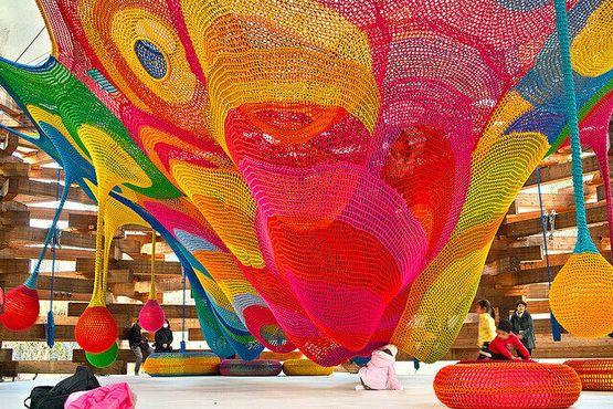 Внутри «Леса цветной паутины» - «Подарок: Неизвестный карман 2» Тосико Хориучи (Sizuken/Flickr)