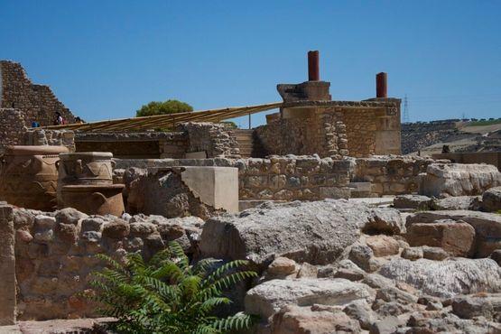 Вазы и руины