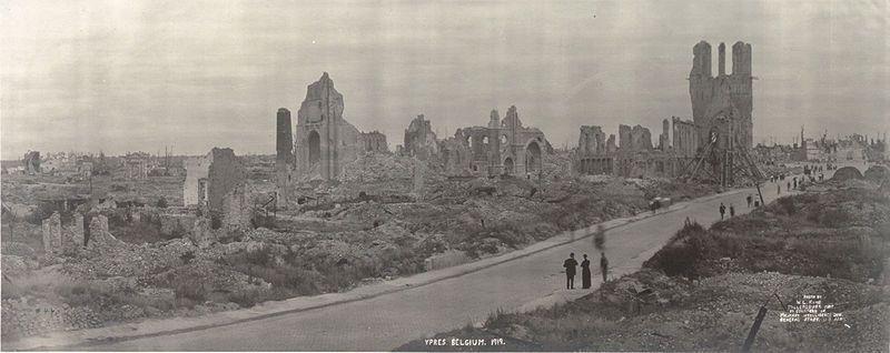 Руины Ипра в 1919 году