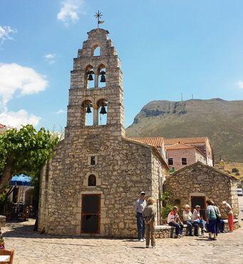 Церковь на главной площади