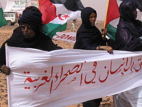 Протестующие жительницы восточной части Западной Сахары
