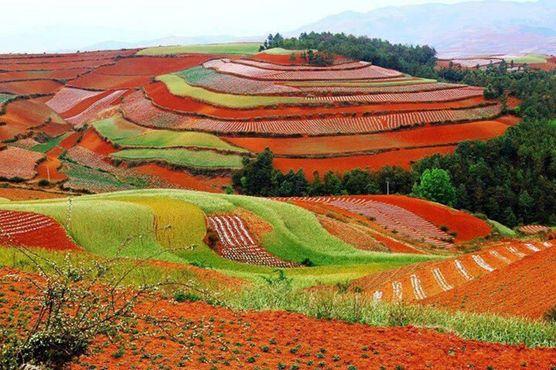 Дунчуань, «Красная земля» Китая