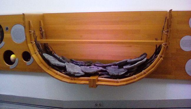 Реконструкция финикийского судна. Поперечный разрез
