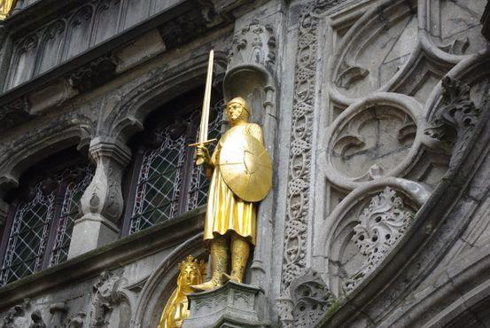 Рыцарь, защищающий Базилику
