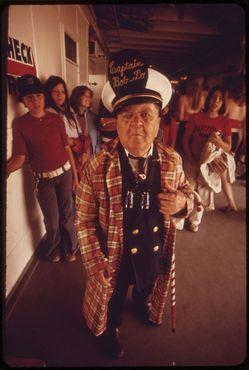 Капитан Боб-Ло, артист на борту парохода «Сент-Клер» в 1973 году
