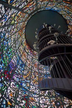 Внутри «Симфонической скульптуры» Габриэля Луара (François Côté/Flickr)